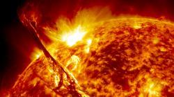 Sluneční superbouře