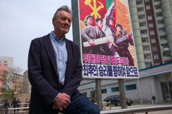 Michael Palin v Severní Koreji obrazok