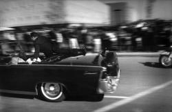 Atentát na Kennedyho zblízka