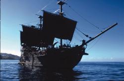 Piráti Karibiku: Kliatba Čiernej perly obrazok