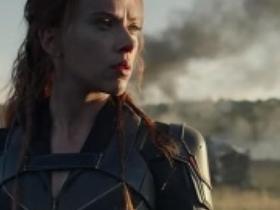 Scarlett Johansson ako Black Widow